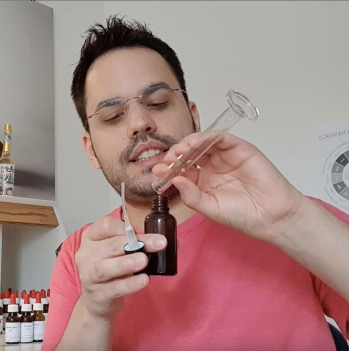 David Heinsson macht Parfum
